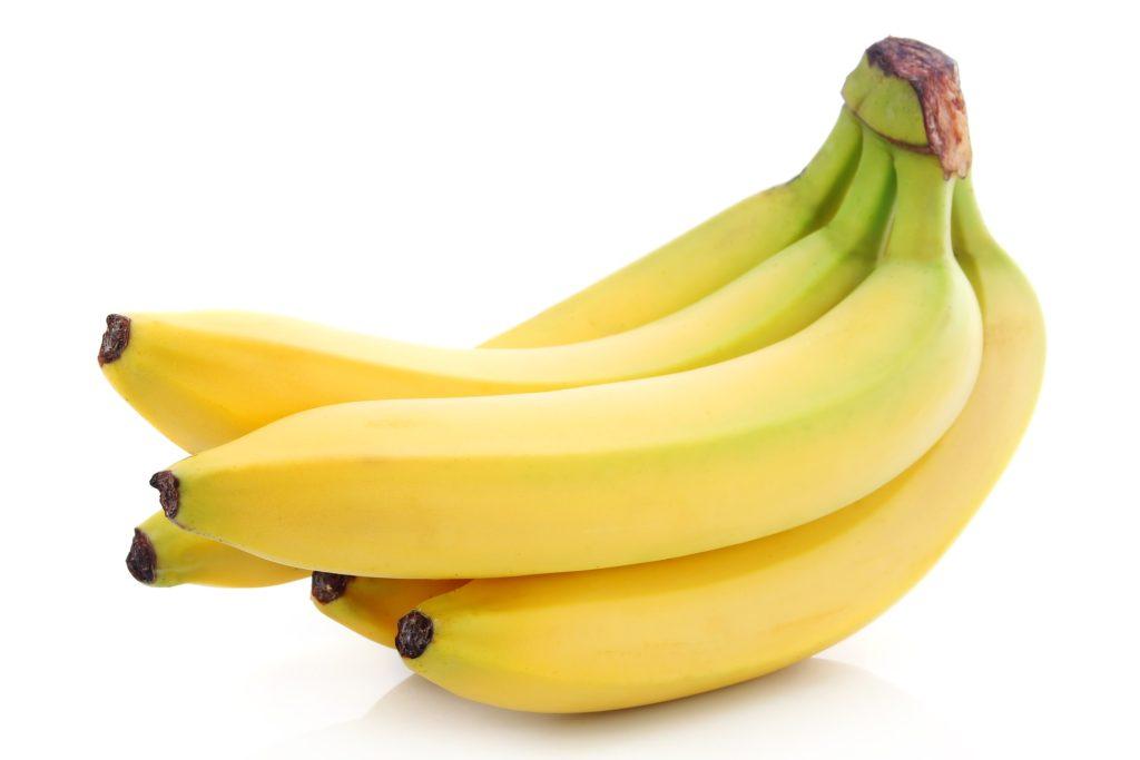 Банан и творог для выпрямления волос